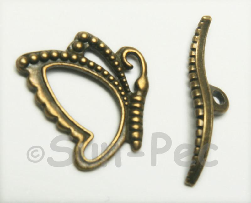 Butterfly - A Retro Brass OT Buckle Clasp Jewelery Connector 2pcs - 5pcs