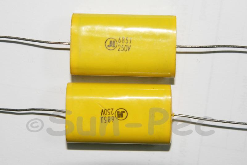 685 Polyester Film Capacitor CL 250V 6.8uf 35 x 12 x 20mm 1pcs - 2pcs